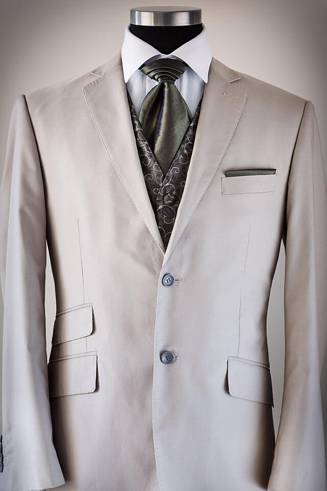 Beige slim cut suit 014