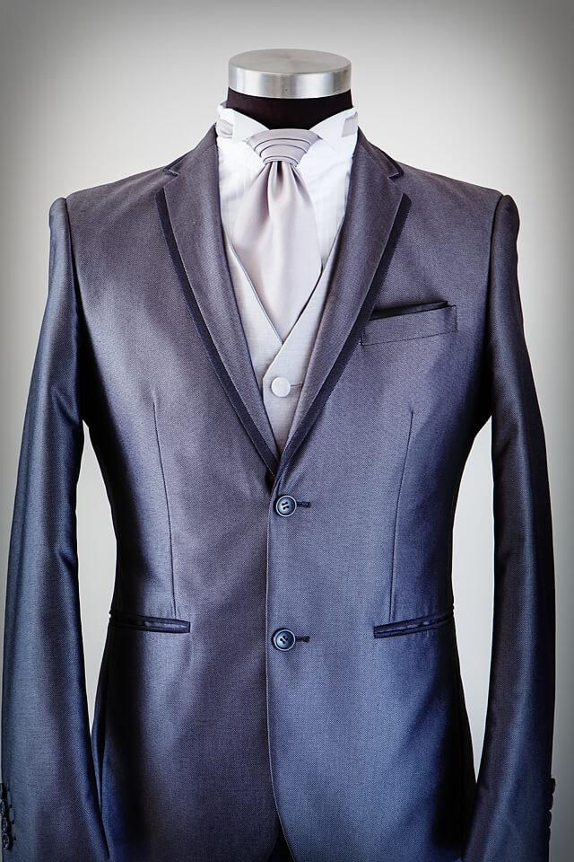 Grey suit black trim lapel 005
