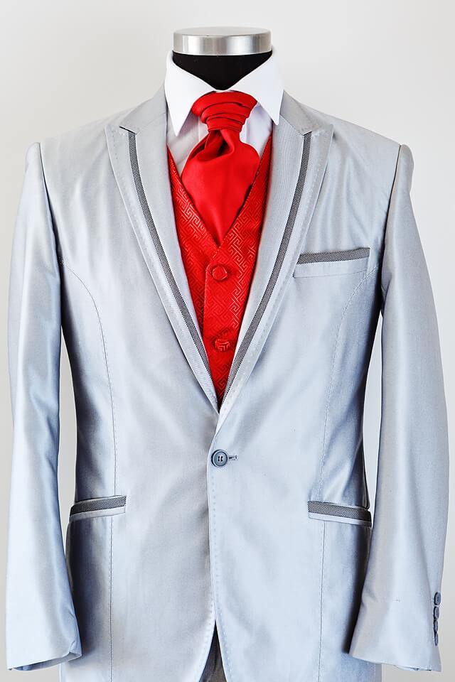 Light grey suit dark grey trim 008