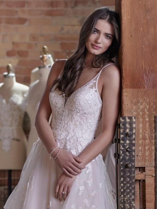 Rebecca Ingram Lettie 21RT855A01 Alt050 MV